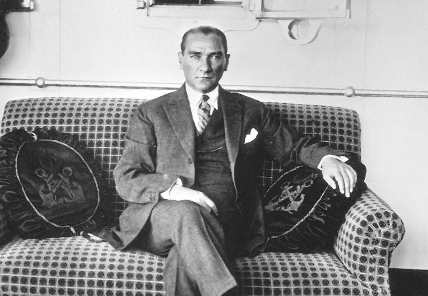 Atatürk ve Fenerbahçe